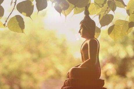 I Quattro Fondamenti: i Pensieri che fanno volgere la Mente verso il Dharma